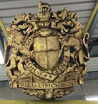 Large Royal Coat of Arms of the Uk