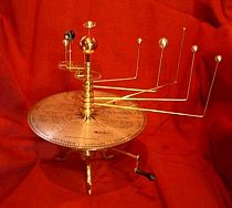 Reproduction orrery/planetarium.