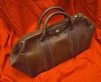Brown Gladstone Bag