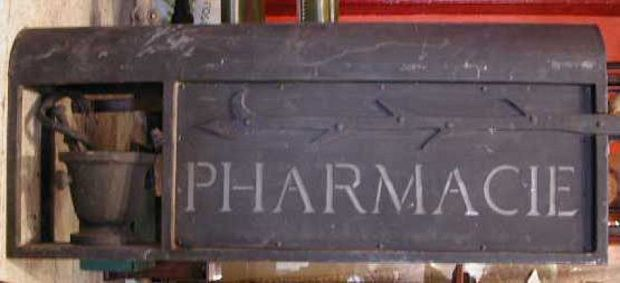Pharmacy sign French